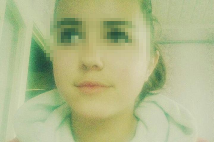 ВРогачевском районе рядом сошколой повесилась 14-летняя девочка