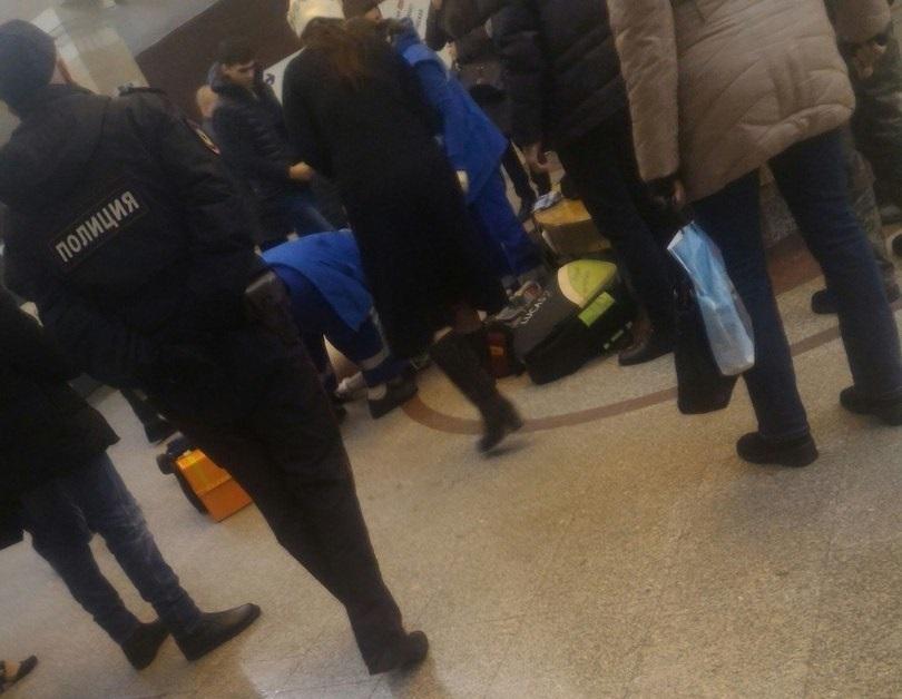 Настанции метро «Спортивная» скончался мужчина