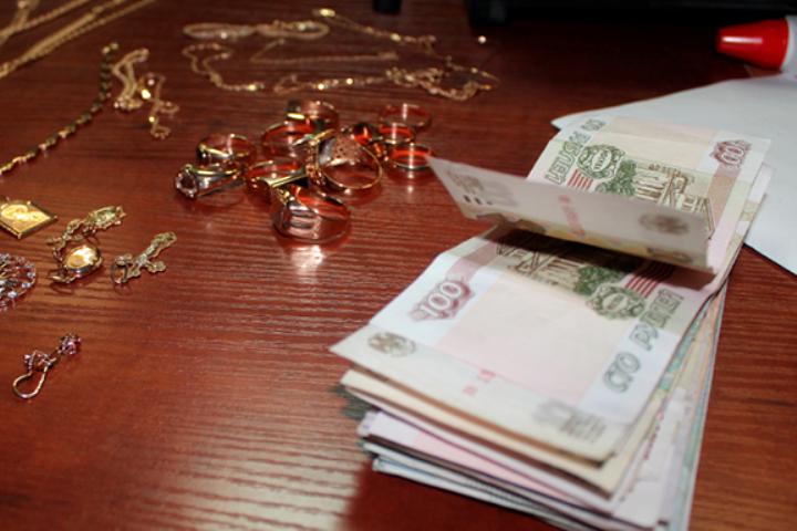 ВИркутске задержаны трое мужчин, причастных кограблению ювелирного салона