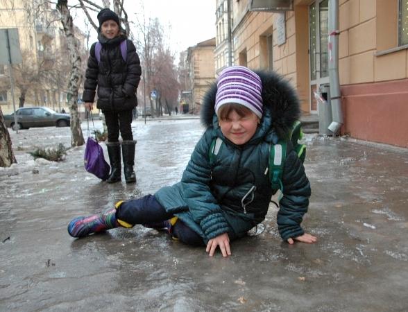 Из-за аномальной погоды вшколах Чебоксар отменили уроки для младших классов