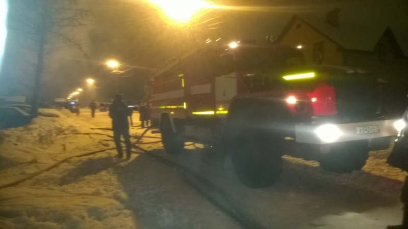 ВЗаволжском районе Ярославля сгорел дом: два человека погибли
