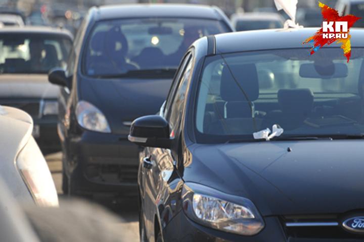 ВПогаре шофёр легковушки сбил напереходе нетрезвого мужчину