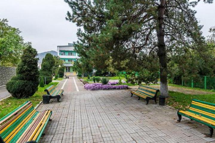 Главный приз - путевку в санаторий в Горячем ключе на двоих на 12 дней