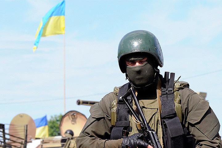 Литва оказывает помощь Украине, поставляя летальное вооружение и давая военные консультации.