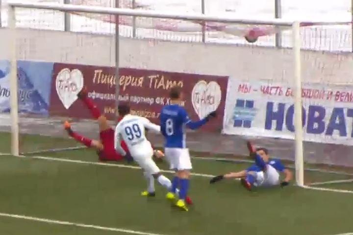 Воронежский «Факел» в заключительном матче года разгромили соседи