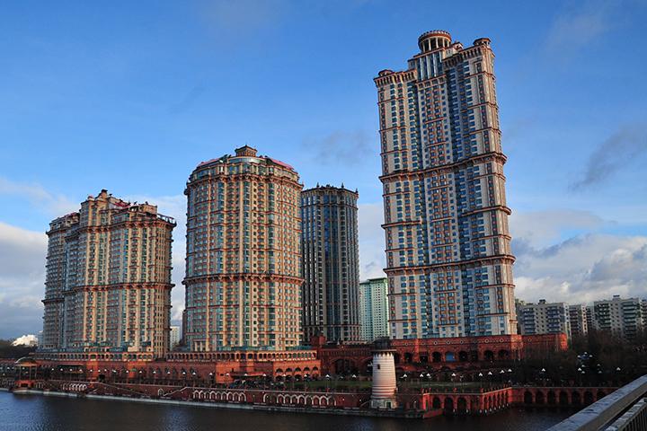 Еще одной причиной для покупки элитной недвижимости в Москве стало падение цен
