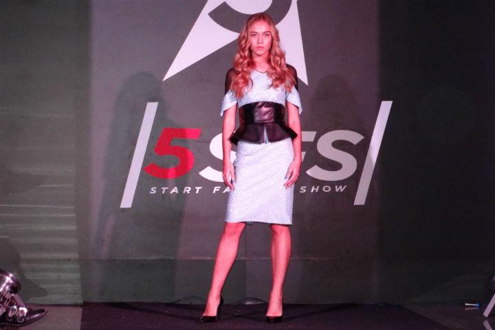 На подиуме лучшие платья модного московского модельера. Фото: Владислава Лейкина