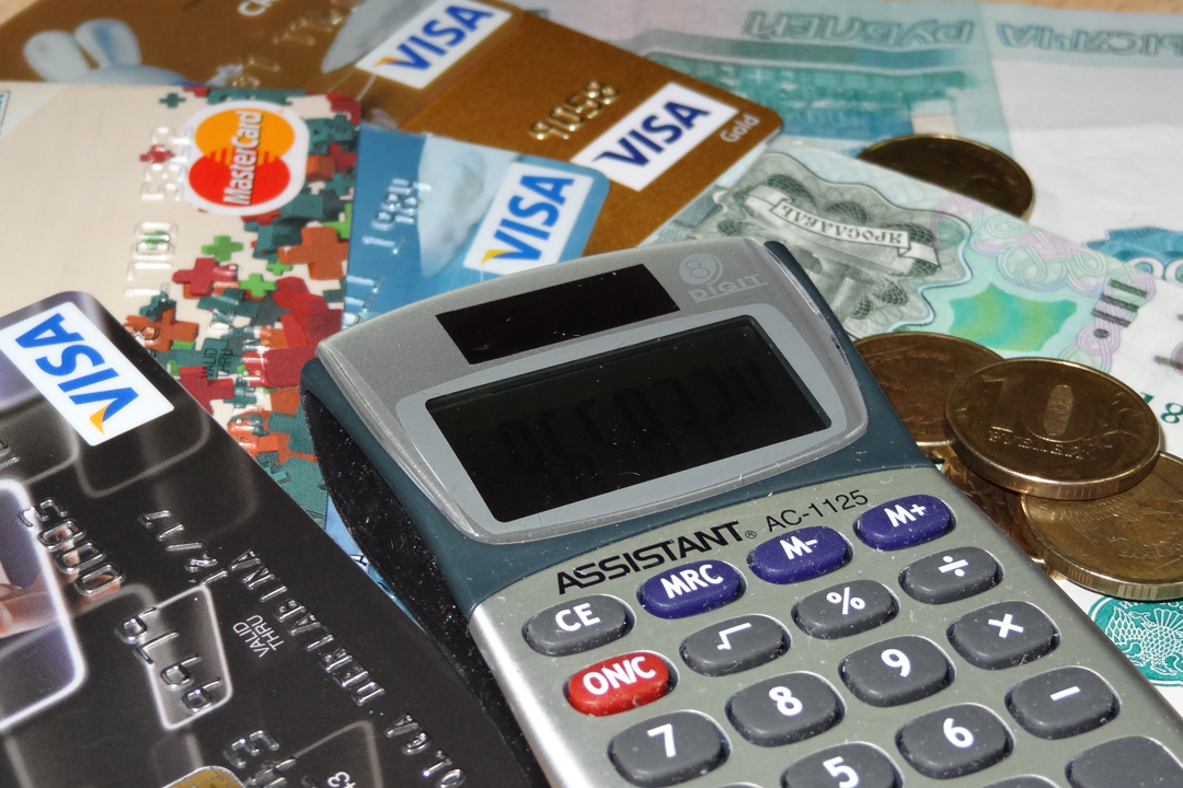Деньги за новую услугу фирмы берут, а вот воплотить ее в жизнь - не могут.