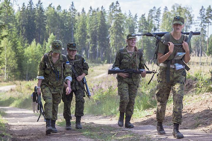 Почти половина бойцов эстонского скаутского батальона злоупотребляет алкоголем. Фото: Kaitseliit