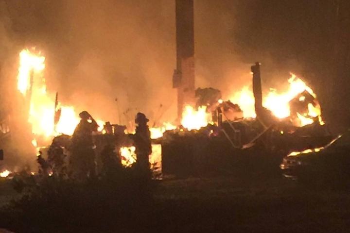 В течение последних нескольких недель пожары бушуют в штатах Теннесси, Джорджия и Северная Каролина