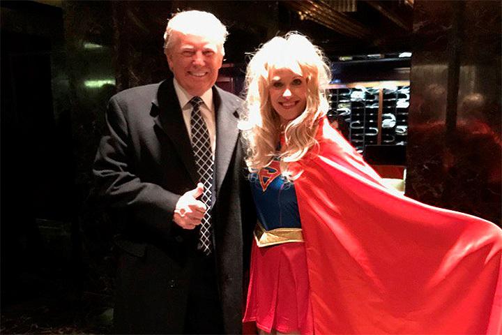 Дональд Трамп накостюмированной вечеринке предстал вобразе самого себя