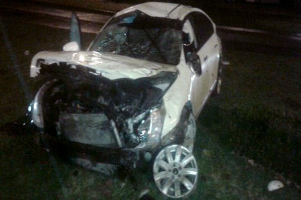 ВКраснодаре объявили врозыск водителя перевернувшегося Ниссан Teana