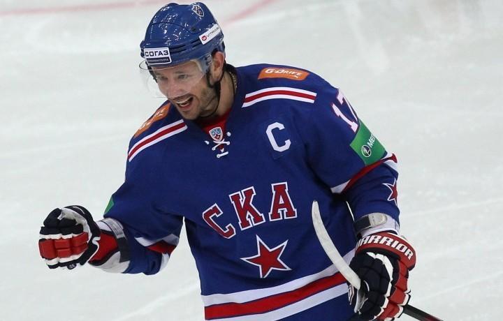 Хоккеист Плотников всборной РФ тренируется взвене сДацюком иКовальчуком