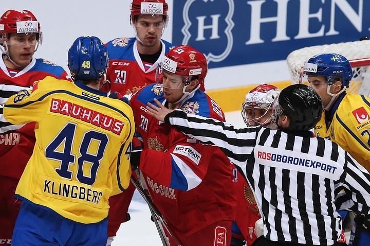 Русские хоккеисты стремились быть осторожнее вконцовке игры сошведами— Ожиганов