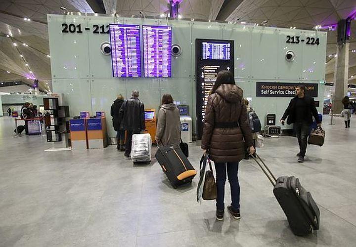 Стало известно, почему рейс изМюнхена вПетербург задерживают на9 часов