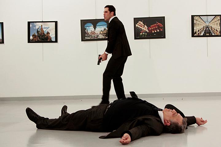 В деле об убийстве в Турции посла Карлова показался российский след