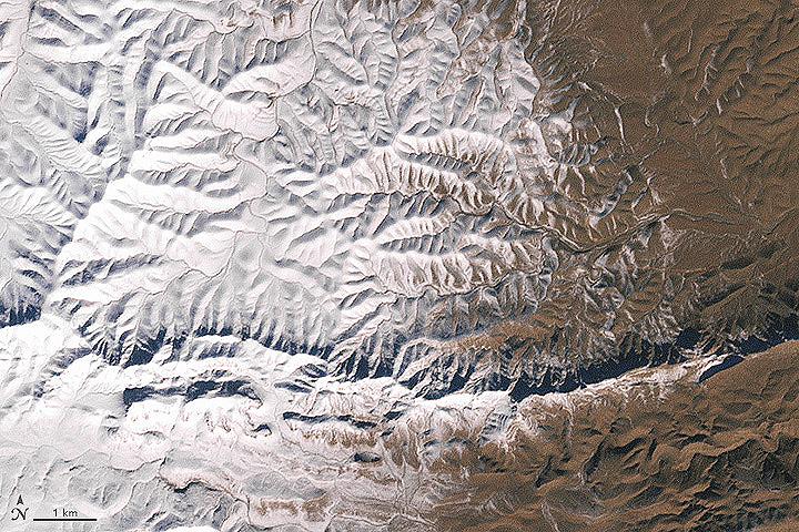 Снега в Сахаре не видели уже 37 лет. ФОТО NASA