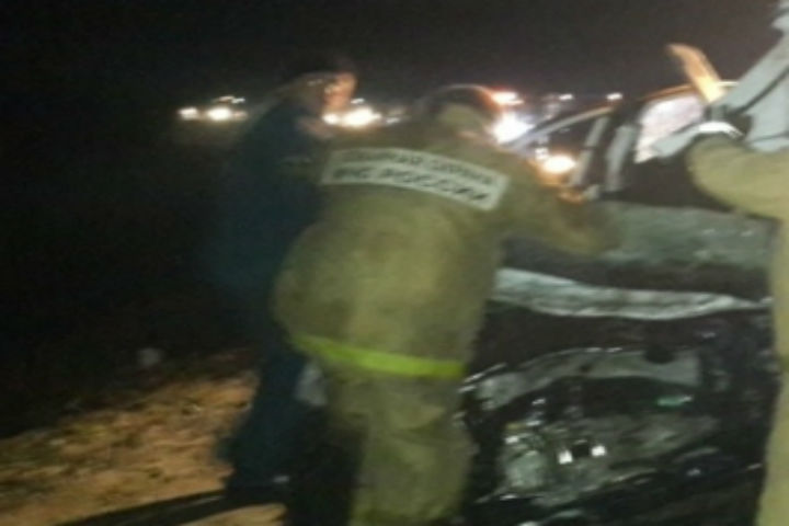 Натрассе Воронеж— Луганск КАМАЗ раздавил ВАЗ, шофёр умер