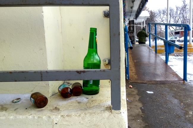 Ужителя Красноармейского района отыскали 30 тыс. бутылок контрафактного алкоголя