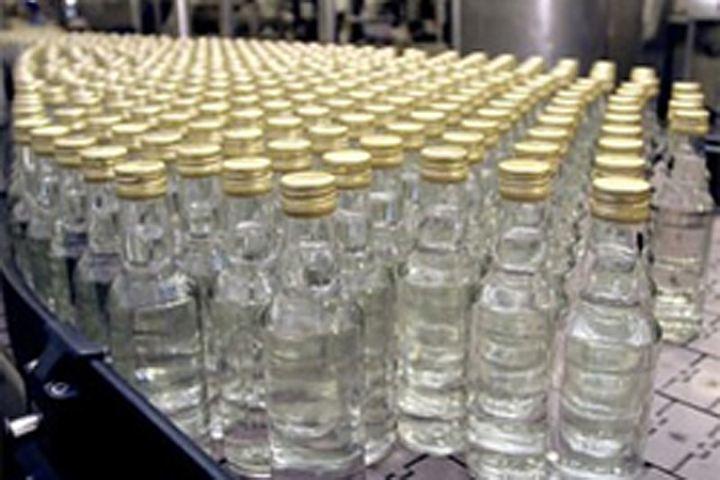 ВКазани 3 человек осудили засбыт опасного для жизни суррогатного алкоголя