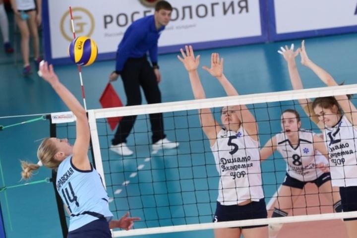 «Сахалин» дома разгромил казанское «Динамо» в16-м туре женской Суперлиги