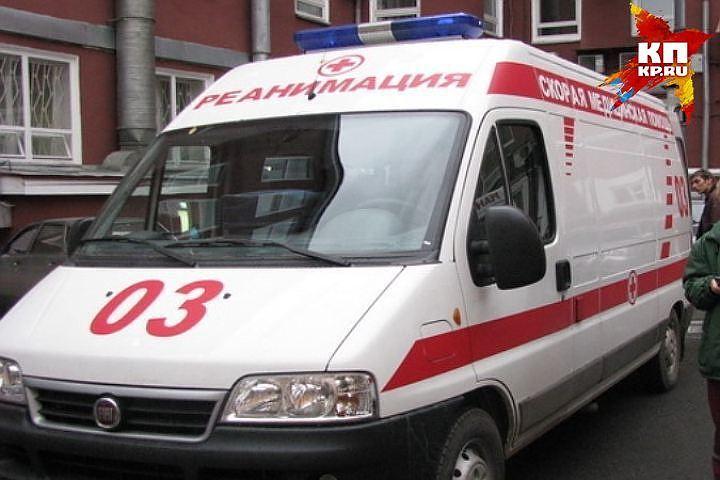 Автобус врезался вКамАЗ накемеровской трассе. Пострадали трое