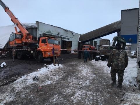 ВЧернском районе вкомпании при обрушении ангара погибли трое рабочих. ТелеТула