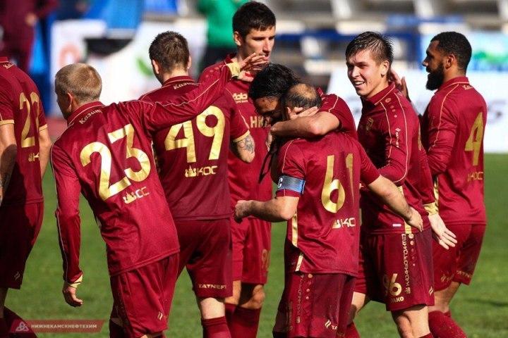 В двух матчах казанские футболисты забили семь голов