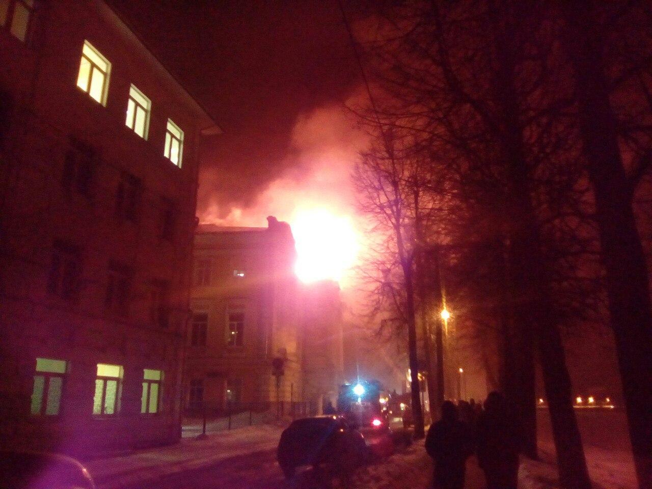 Пожар вдетской клинике вТвери: в помещении рухнула кровля