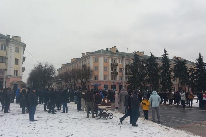Вчетырех городах Беларуссии проходят акции против декрета «тунеядцев»