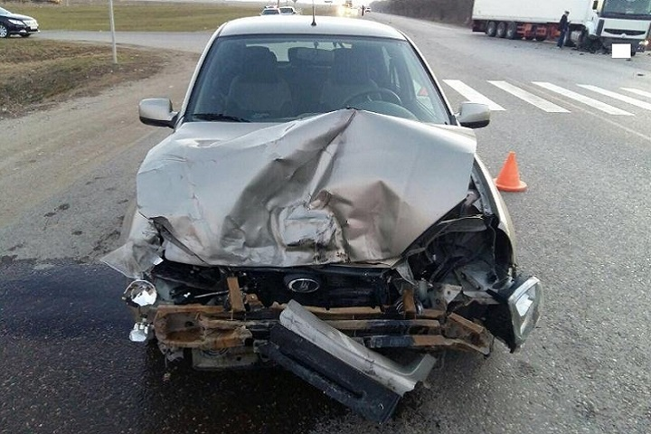 Автолюбительница пострадала вДТП сфурой наСтаврополье
