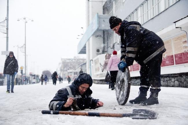 ВЧелябинске 12-летний ребенок провалился в3-метровый колодец