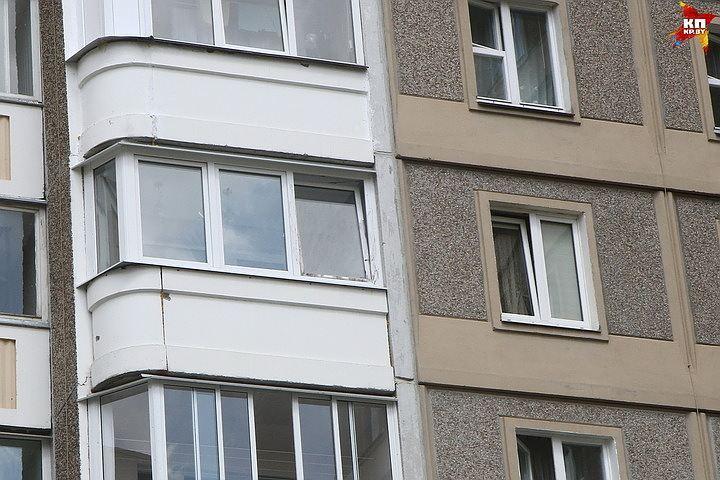 НаВерности вПетербурге мужчина выпал изокна на5-ом этаже
