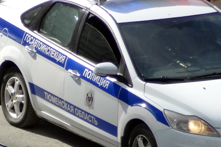 ВНижневартовском районе шофёр грузового автомобиля сбил пешехода и исчез сместа происшествия