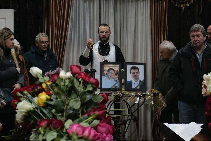 ВХабаровском крае начались похороны жертв авиакатастрофы под Нельканом