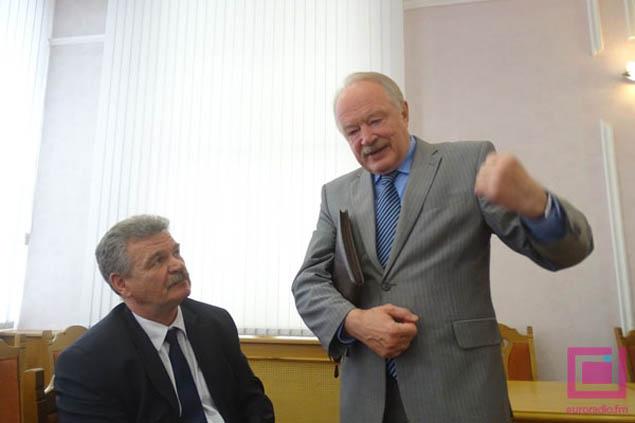 Михаил Образов (на фото справа) руководит штабом атамана Николая Улаховича. Фото: euroradio.fm