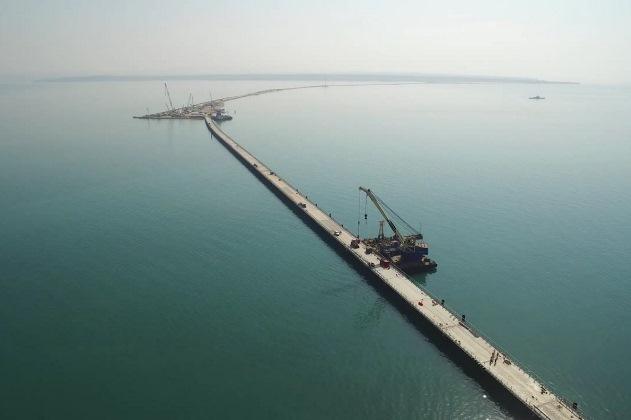 Первый мост уже готов