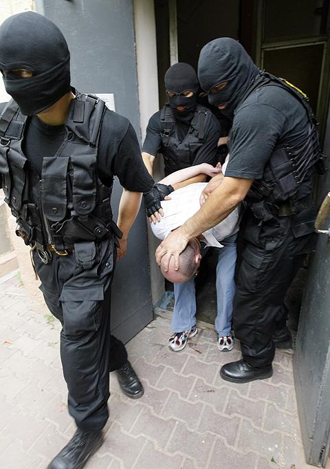 Среди задержанных наркодилеров на 60 процентов возросло количество... украинцев. Фото ИТАР-ТАСС/ Валерий Матыцин