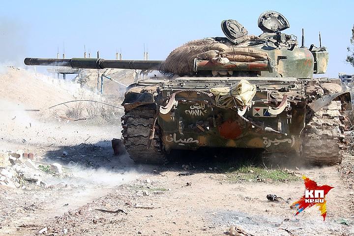 Наступательная операция продолжается практически на всех фронтах сирийской войны. Фото: Александр КОЦ, Дмитрий СТЕШИН