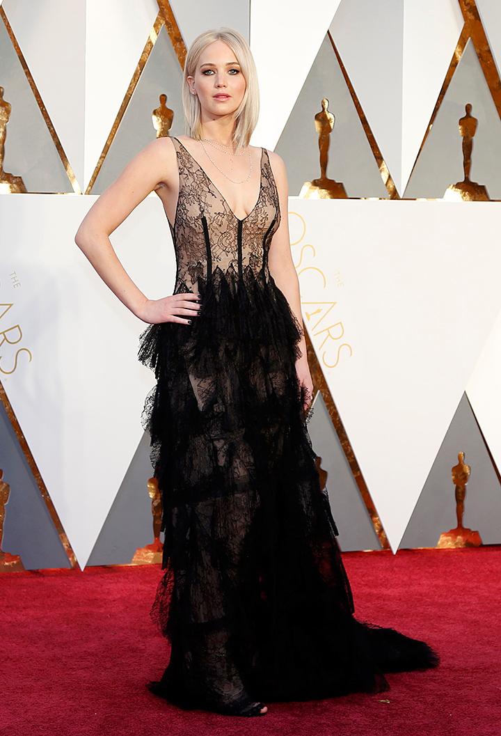 Претендентка на «лучшую женскую роль» пришла в потрясающем платье от Диор Фото: REUTERS
