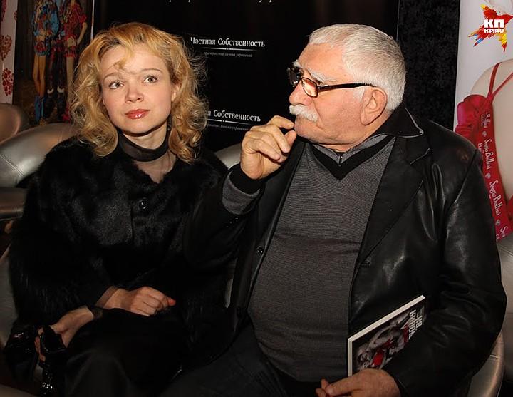 В феврале 2016 года Джигарханян женился на Виталине Цымбалюк-Романовской. Фото: Борис КУДРЯВОВ