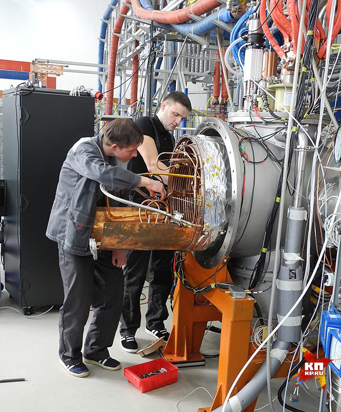 Главная цель - изучение ядерной материи в состоянии максимальной плотности Фото: Ярослав КОРОБАТОВ