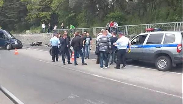 Трагическое ДТП в Ялте: при столкновении с автобусом погиб молодой мотоциклист [Фото] [Видео] фото 2