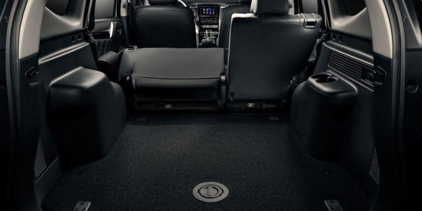 Кузов машины стал просторнее, а багажник вместительнее – в нашей версии еще и за счет отсутствия третьего ряда сидений