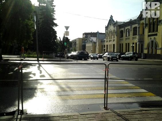 На Ленина закрыли несколько пешеходных переходов
