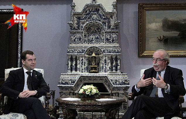 Эта поездка, которая оказалась для топ-менеджера роковой, была по делу – де Маржери принимал участие в совещании по иностранным инвестициям у премьера Дмитрия Медведева в Горках. Фото: REUTERS