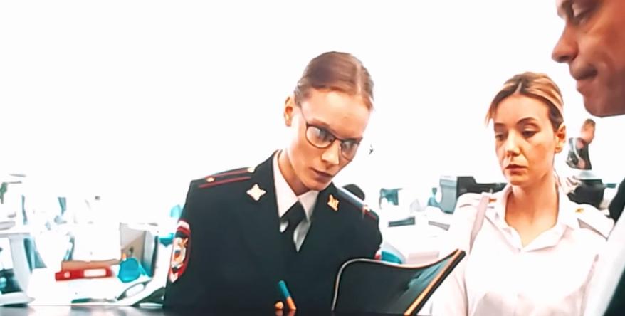 Девушки с Макаровым (2020) все серии