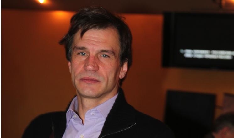 Время и место похорон актера Дениса Карасева, звезды сериалов «Адмиралъ» и «Лето волков»