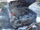 В Эжве загорелся автомобиль, из которого чудом удалось спасти целой семье
