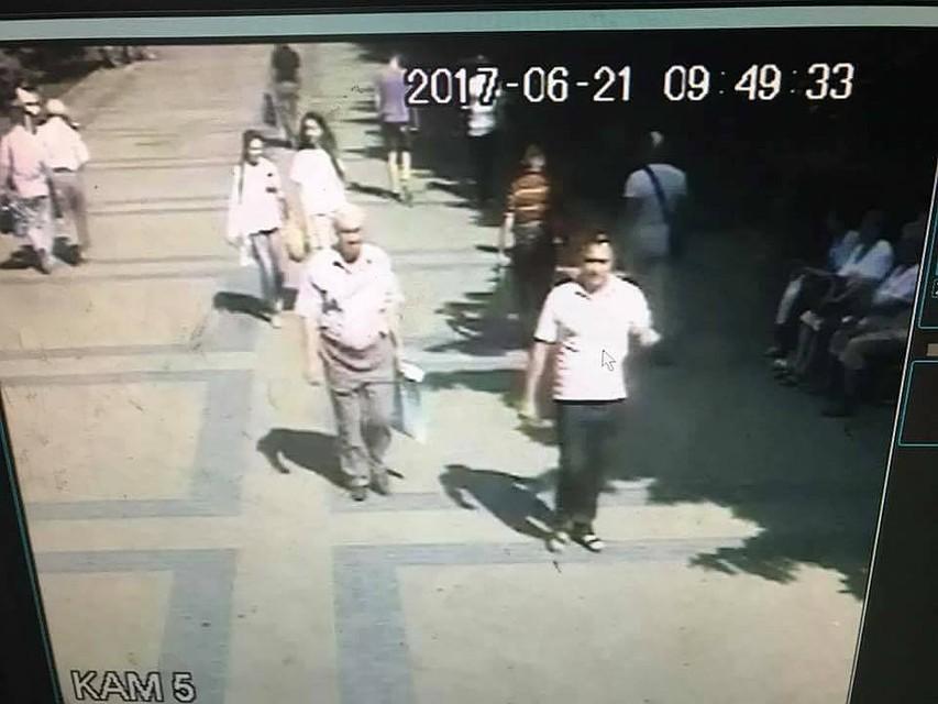 yapontsi-pristayut-k-evropeyskim-devushkam-video